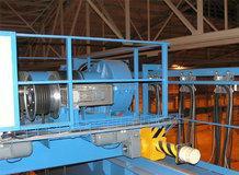2 Prozess-Brückenkrane in einem Stickstoffdünger Lager